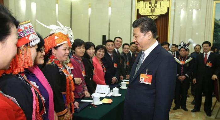 Xi debate con diputados de la APN de Guangxi