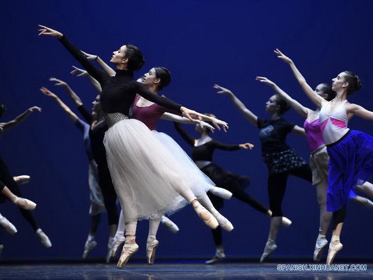 Se celebra el Día Mundial de la Danza en Croacia y Uruguay