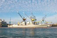 China ayuda a transformar el puerto de Santiago de Cuba