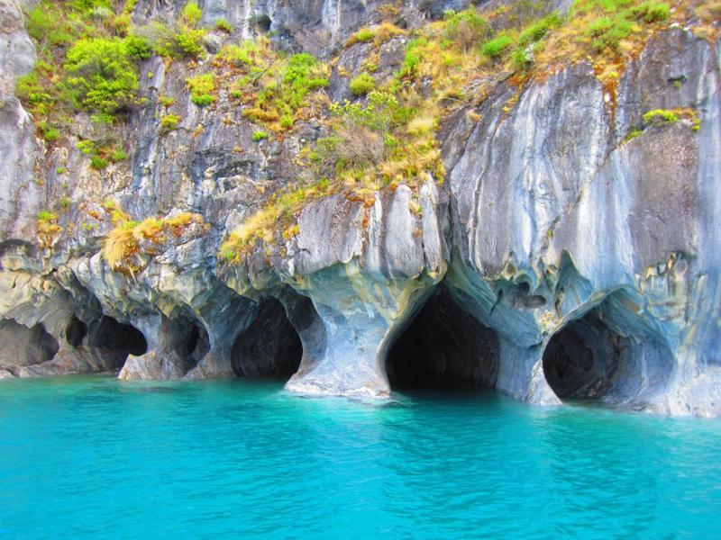 Hermosas cuevas de m rmol en la patagonia for Distribuidoras de marmol en chile