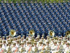Grupo Coral del EPL de desfile militar de Día de Victoria