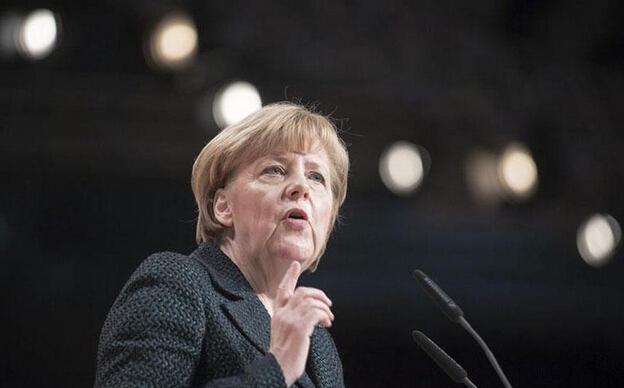 Merkel dice que los refugiados no pueden elegir en qué país quedarse