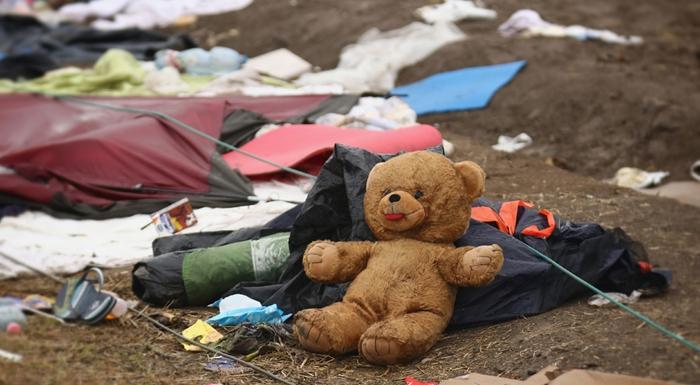 ¿Qué dejan atrás los refugiados en su camino?