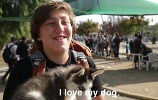 500 kilómetros a pie con su cachorro