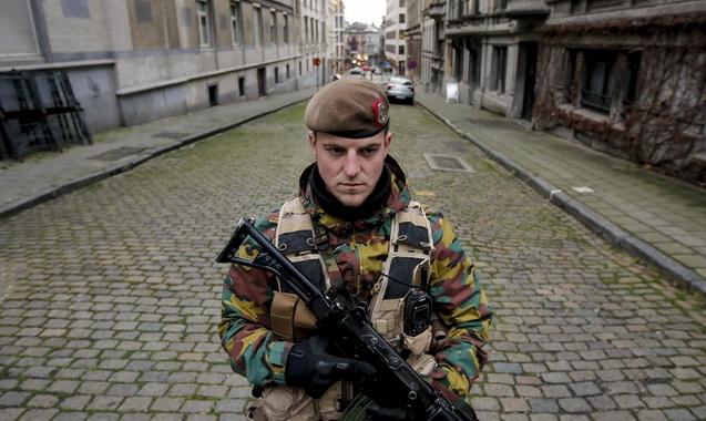 Bélgica eleva a 3 nivel de amenaza terrorista para todo el país