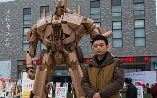 Un padre chino construye un transformer para su hijo