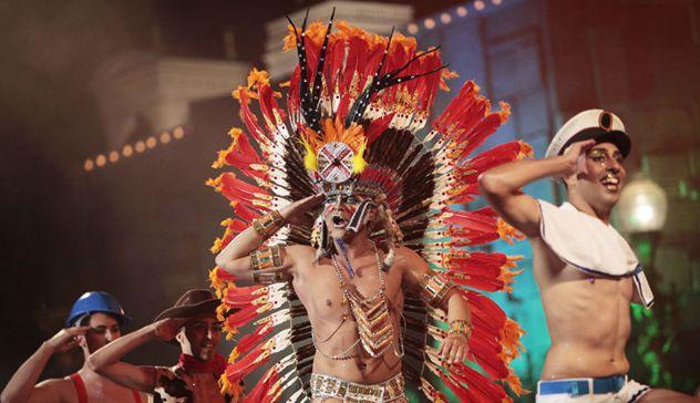España celebra sus carnavales por todo el país