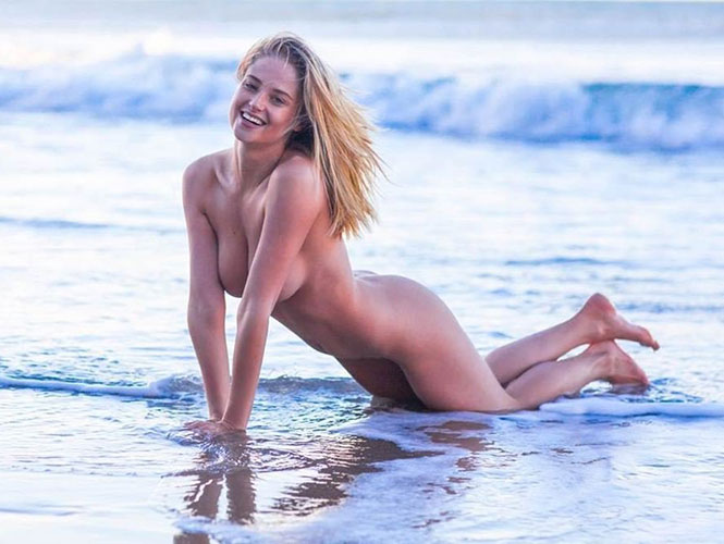 nude chrissy