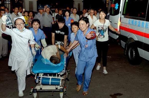 Suman 78 muertos y centenas de heridos por clima extremo en China