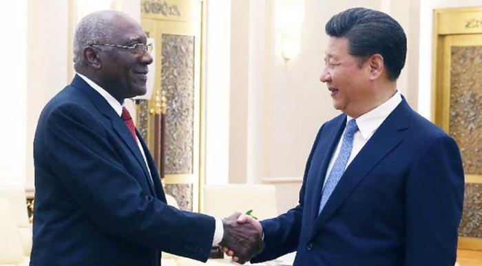 Xi se reúne con enviado especial del líder cubano