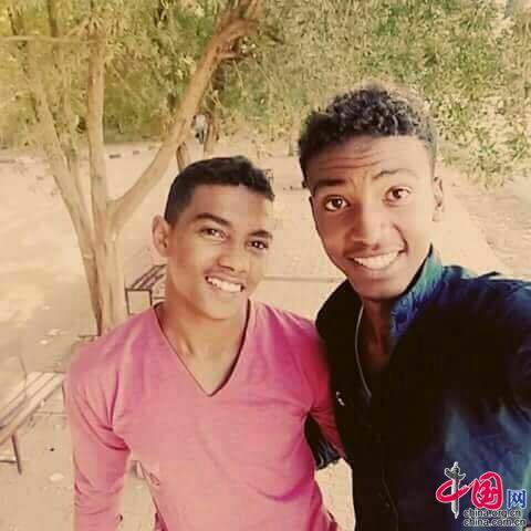 Moahmed, aspirante universitario de Sudan y su sueño de ser doctor