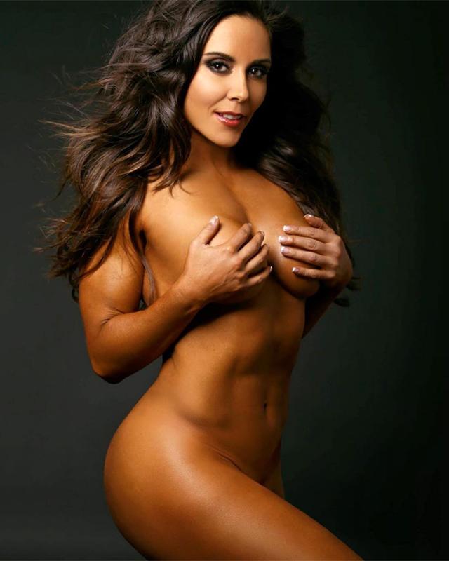 Rebeca Rubio, decidió desnudarse y mostrar su escultural figura en Instagram