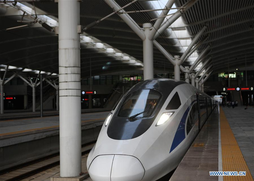 Trenes bala chinos del tipo EMU comienzan a operar4