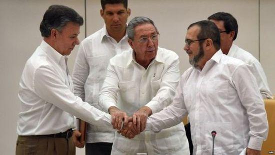 El gobierno de Colombia y las FARC anuncian un acuerdo de paz