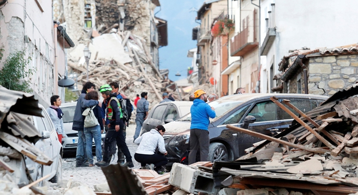 Al menos 159 muertos por el terremoto en el centro de Italia