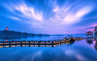 Hang Zhou, una bella ciudad caracterizada por los puentes