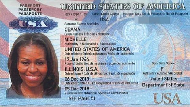 Publican posible pasaporte de Michelle Obama en internet