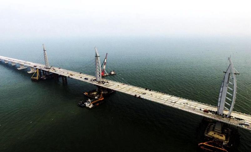 Sección principal del puente Hong Kong-Zhuhai-Macao en fase final