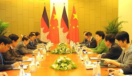 China agradece apoyo de Camboya en cuestión de Mar Meridional de China