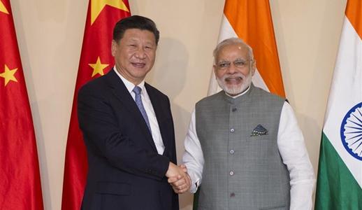 Xi pide esfuerzos conjuntos para enriquecer asociación entre China y la India