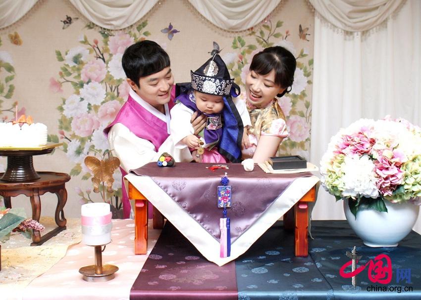 Li Zhaoxin y su historia de superación personal gracias al negocio de servicio de compras en el extranjero