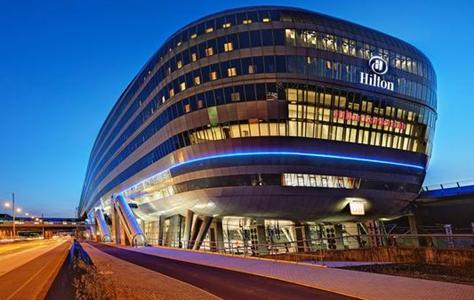 El grupo chino HNA invierte en la cadena hotelera Hilton