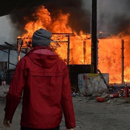 'Cumplida', operación para desalojar campamento de migrantes en Calais