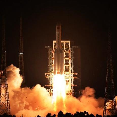 Nuevo cohete portador de carga pesada impulsa sueño espacial de China