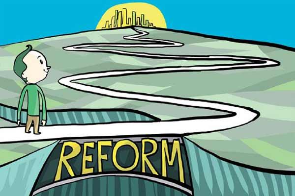 La meta queda subordinada a las reformas económicas