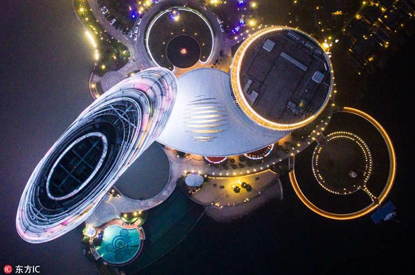 Panorámicas aéreas de la vida nocturna en ciudades chinas9