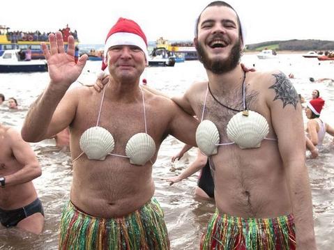 Los momentos más graciosos de los entusiastas de la natación de invierno