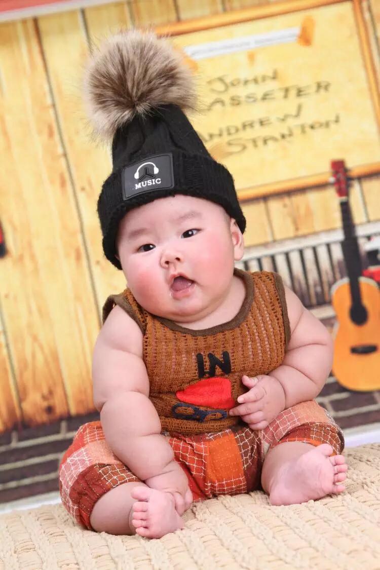 La carga económica desalienta a las familias chinas a tener un segundo hijo