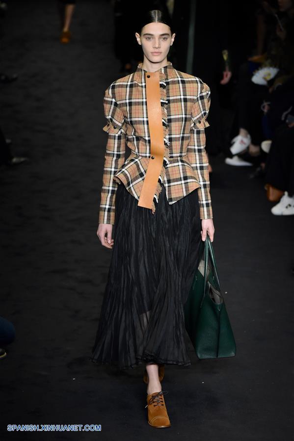 Semana de la moda lista para usar de par s creaciones de - La moda de otono ...