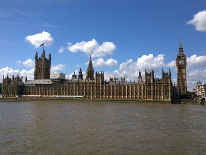 El Palacio de Westminster necesita una urgente renovación3