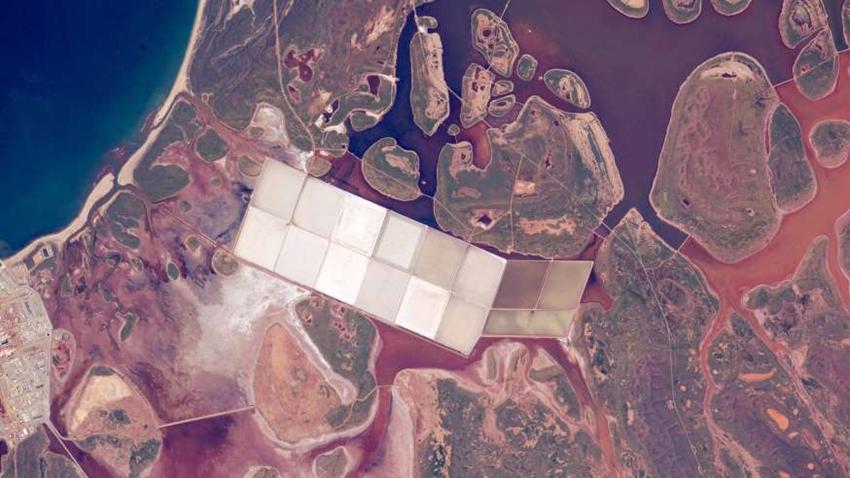 ¿Puedes reconocer estos lugares vistos desde el espacio?4