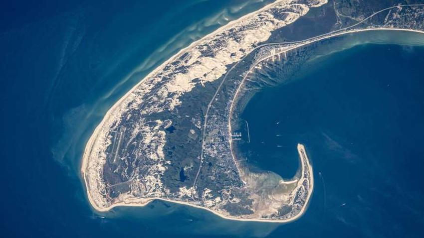 ¿Puedes reconocer estos lugares vistos desde el espacio?3