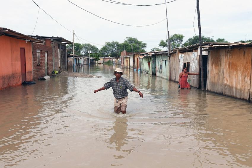 Pérdidas y destrucción dejadas por las fuertes lluvias en Perú3