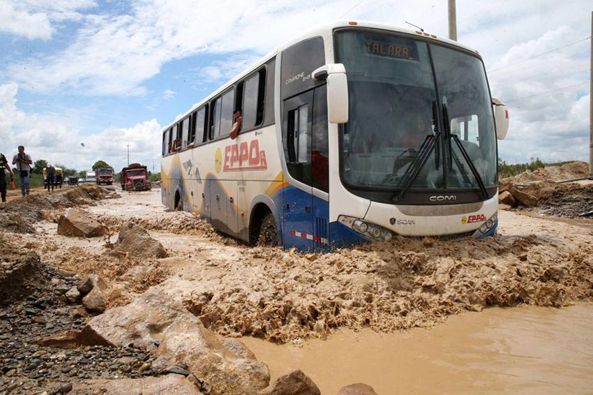 Pérdidas y destrucción dejadas por las fuertes lluvias en Perú4