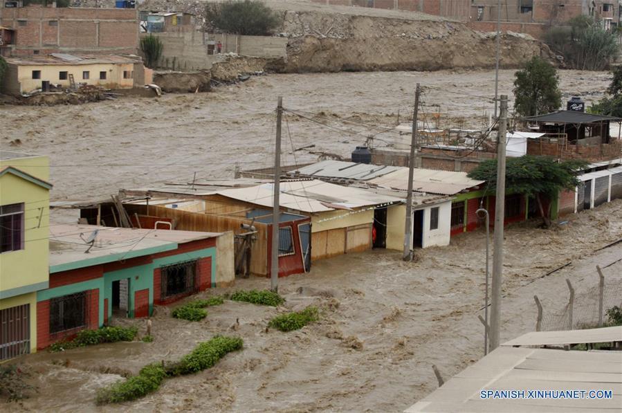 Aumentan a 75 los muertos por fenómeno 'El Niño' en costa de Perú 1