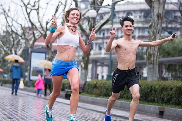 El aumento del ejercicio físico se traduce en una mayor demanda de ropa deportiva femenina
