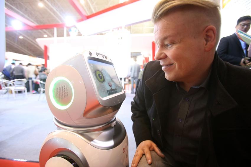 Nuevos y poco conocidos: robots que trabajan en China3