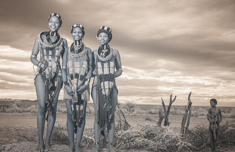 Tribus indígenas observadas a través de la lente de infrarrojos