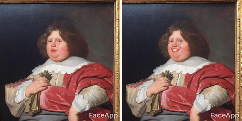 Chico utiliza FaceApp para hacer sonreír a los personajes de museo