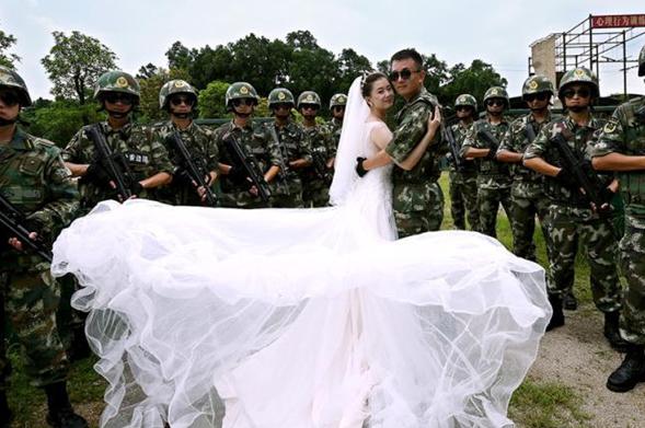 Otro tipo de romance en una escuela militar china