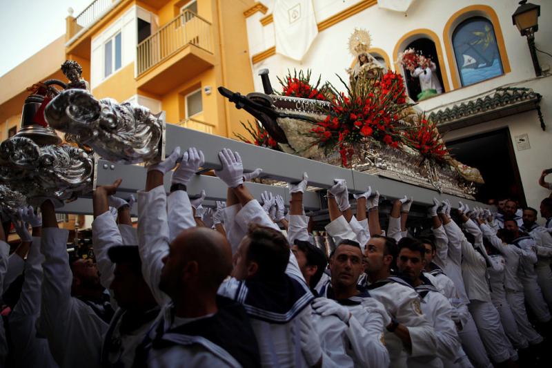 Se celebra las Fiestas de la Virgen del Carmen en España