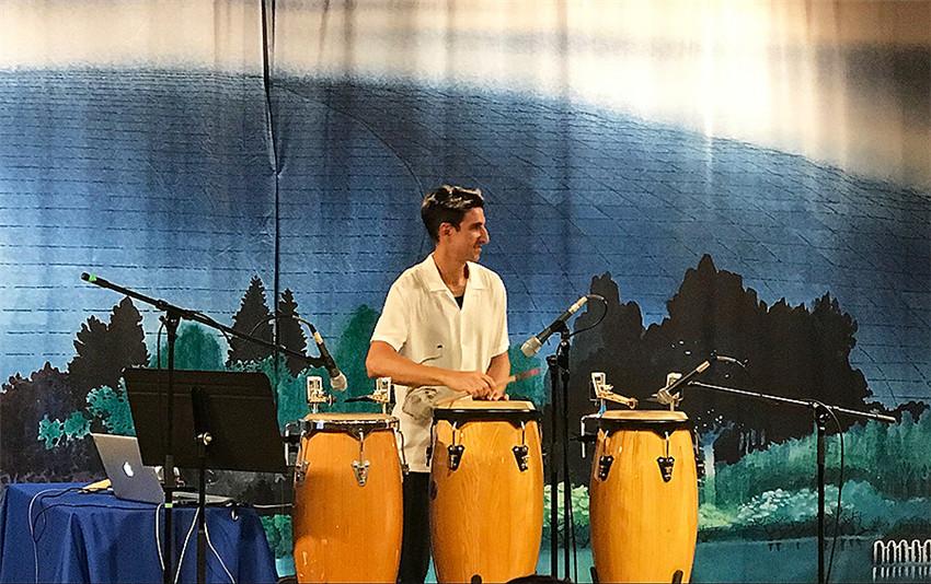 Se presenta espectáculo de Candombe en Beijing