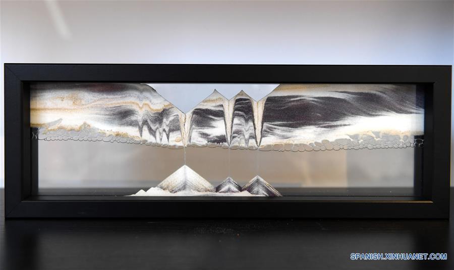 Obra de arena es exhibida en un museo de la cultura de arena en la ciudad de Nanchang