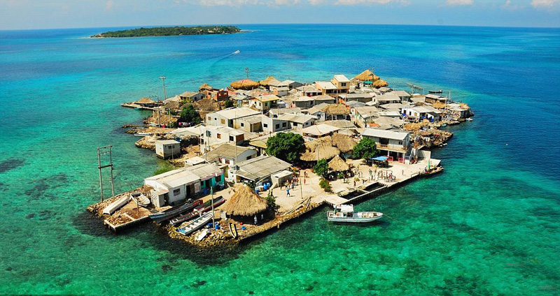 Santa Cruz del Islote, isla más repleta del mundo1