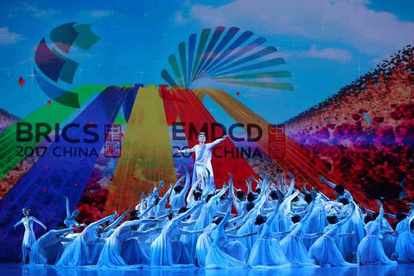 Fotos: Gala de actuaciones de la IX Cumbre de BRICS en Xiamen1