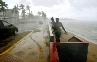 La 'tormenta del siglo' deja devastación 'absoluta' en Puerto Rico